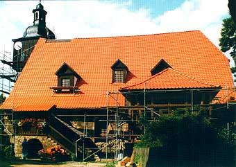 Die Neueindeckung des Daches 1996